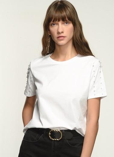 NGSTYLE NGKAW21TS0008 Kol İnci İşlemeli Tshirt Beyaz
